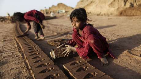 debate on child labour Free essay: pro: child labor the majority of people's opinion on the idea of child labor is derived from the images in the media they are only exposed to.